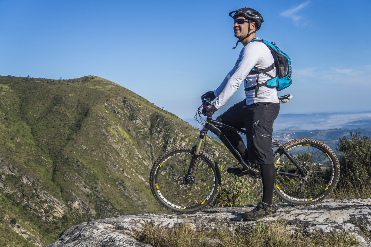 Stor guide om cykelhjelme
